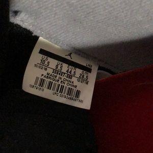 Air Jordan Retro 4 Black/Red